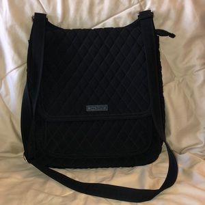 LIKE NEW Vera Bradley Black Quilted Mailbag